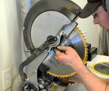 How to Change a DeWalt Chop Saw Blade